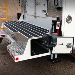 ORO 14M6 mechanic truck body in white, with workbench bumper and slide out vise.