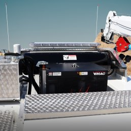 ORO 11M3 mechanic service truck body in white, with VMAC multifunction auxiliary power unit.